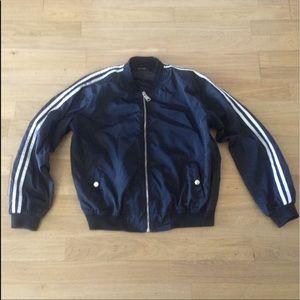 Cropped black windbreaker jacket